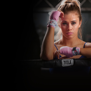Knuckle Up Radio w/ Paige VanZant